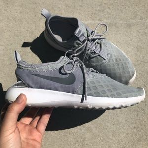 Nike Light Grey Lightweight Training Sneaker